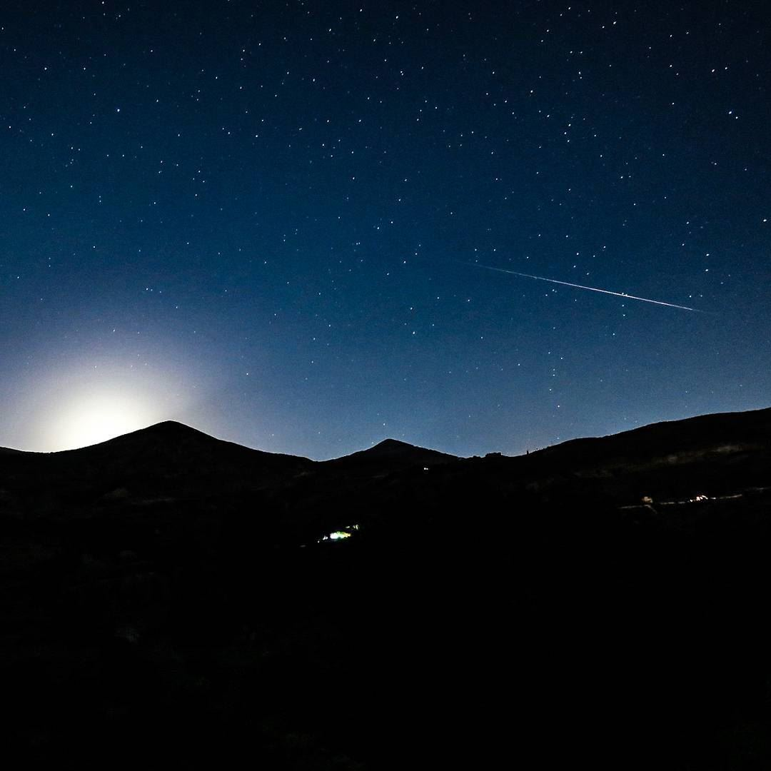 A  mountain, a  moonrise and a shooting star 🌓🏔️✨💫 perseids  stars ... (Tannourine Cedars Nature Reserve)