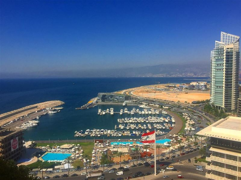 🇱🇧.. lebanon beirut port city landscape hotel solidere pool vacation... (Beirut, Lebanon)