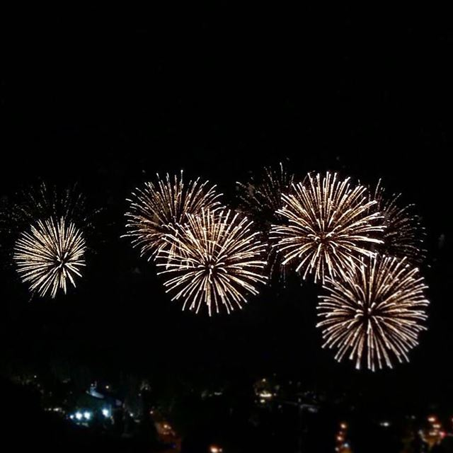 For the  love of  fireworks !!  instapic  instaart  instaphoto ... (Faqra Club)