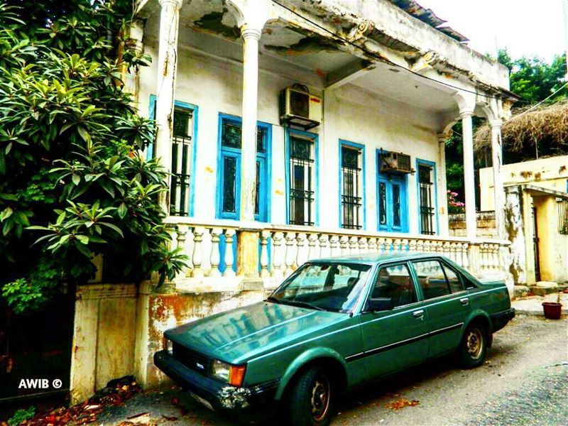 old  house  haunted  streetphotography  outdoors  noperson  travel ... (Achrafieh, Lebanon)