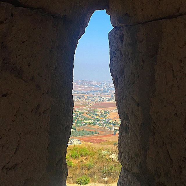 When you change the way you look at things, the things you look at change � (Beaufort Castle, Lebanon)