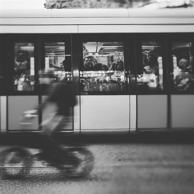 Rush hour -  ichalhoub in  Istanbul  Turkey shooting with a mobile phone /...