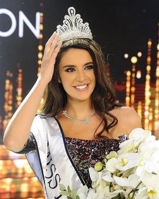 🇱🇧 The beautiful Lebanese model Perla Helou won the title of Miss... (Casino du Liban)