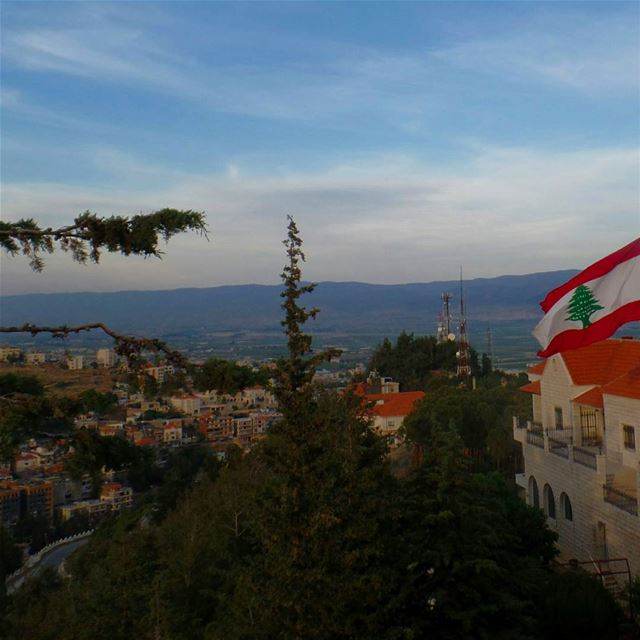 zahle  bekaa  livelovezahleh  livelovebekaa  city  clouds  lebaneseflag ... (Saydet Zahleh)