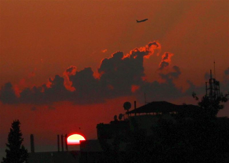 sunset  sun  sky  cloud  plane  travel  outdoor  canon  canon600d ... (Hazmieh)