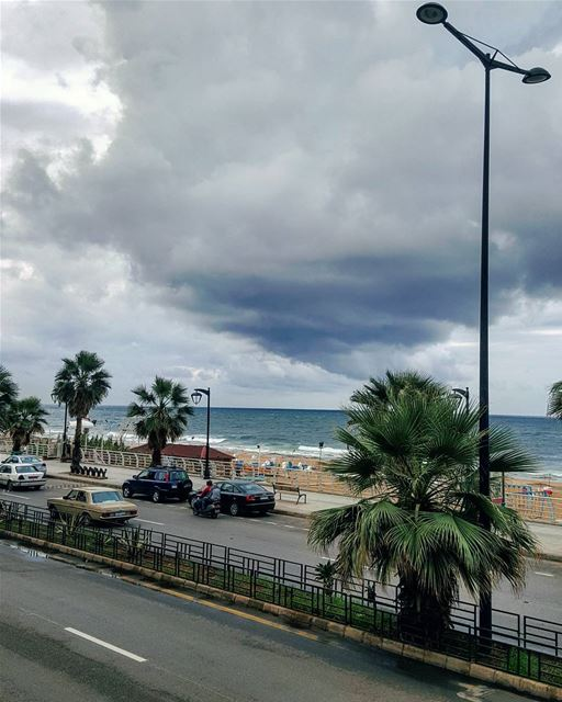 Grey weather.. not mood!Hello October..🌫🌣🌫 HappyMonday .. beirut..... (Beirut, Lebanon)