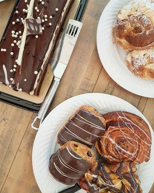 Coffee + pastries = Favorite Breakfast 🌸.. thecookette  montreal ... (Laval, Quebec)