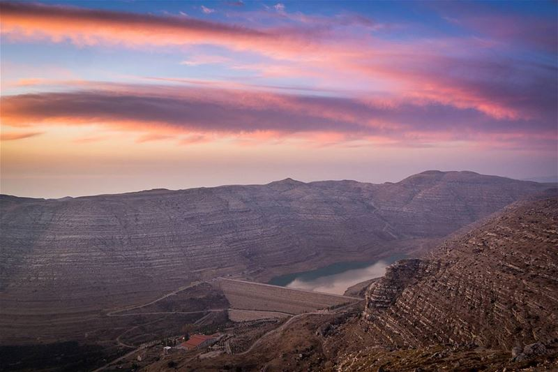 .Chabrouh Dam and a Beautiful sunset on high clouds. Taken yesterday from... (Faraya, Mont-Liban, Lebanon)