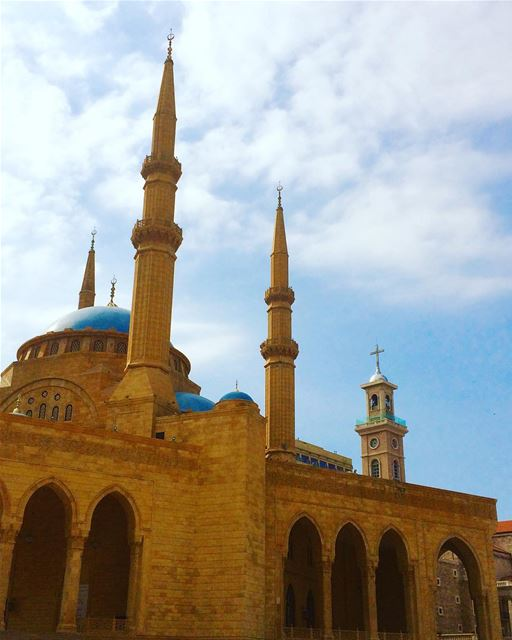 A symbol of coexistence 😌... livelovearchitecture  mosque  church ... (Beirut, Lebanon)