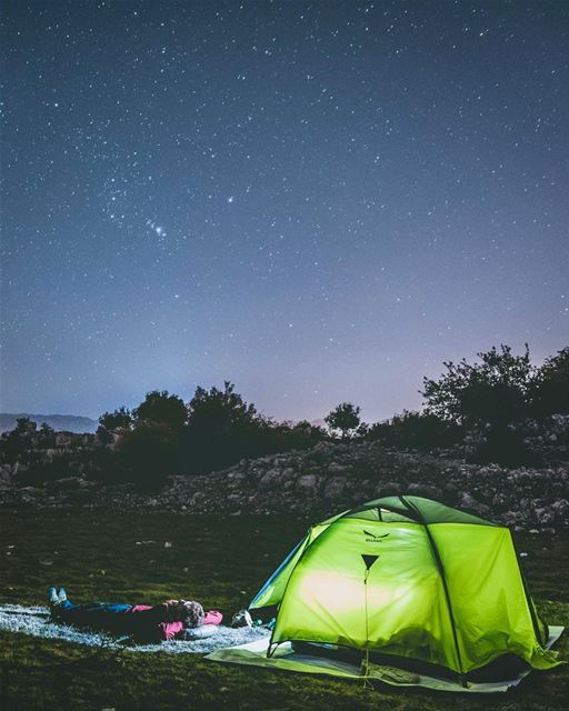 Who needs a lit tent when you have an illuminated sky? 💫⛺️ ⠀⠀⠀⠀⠀⠀⠀⠀⠀⠀⠀⠀⠀⠀⠀ (Lebanon)