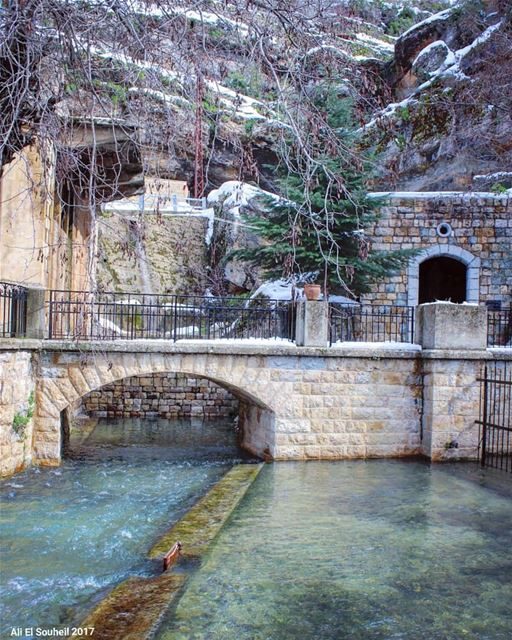 tb  winter  jezzine  water  bridge  snow  mountains  southlebanon ... (Jezzîne, Al Janub, Lebanon)