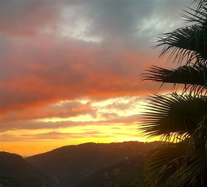 The horizon changes but the sun does not 🌅 sunset sky skyscape colors... (Broummâna, Mont-Liban, Lebanon)