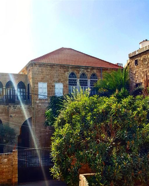 I trespassed on private property for this shot 😋😋  Batroun ......... (Batroûn)