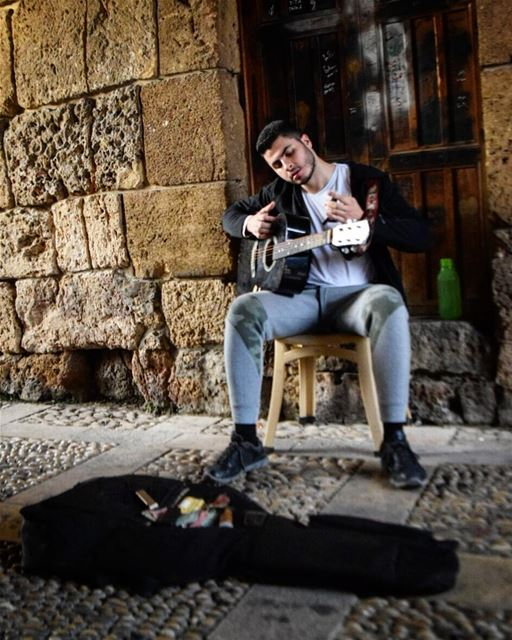 ~go where the  guitar takes you♥ humansoflebanon  guitarist  street ...