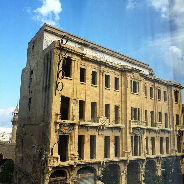 Vintage  Beirut , 26 years after the end of the  war some  buildings seem...