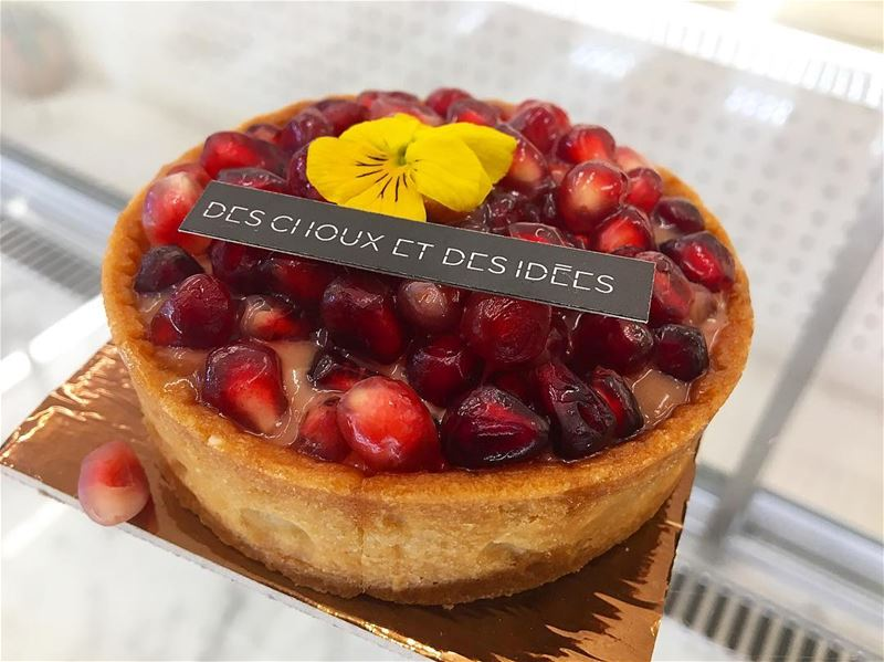 Good Morning ☀️ Happy Weekend 😎 @deschouxetdesidees. desserts food eat... (Beirut, Lebanon)
