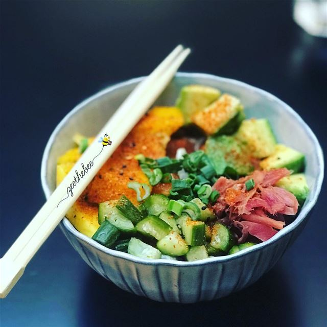 Salmon poke bowl from @eatsunshineeatery with brown rice and Ponzu Sauce.... (Eat Sunshine)