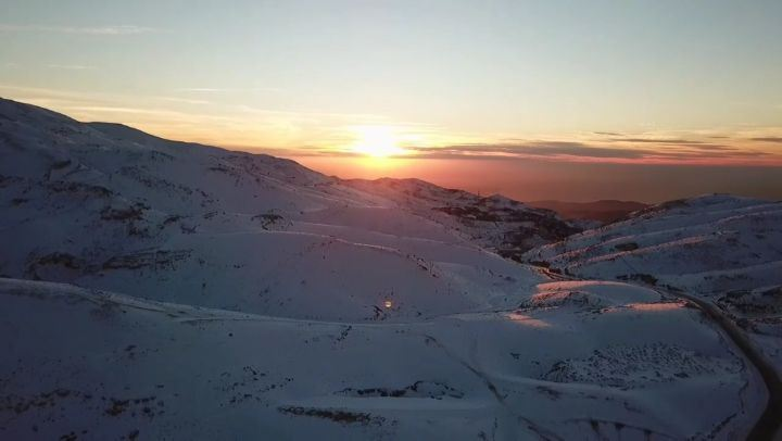 Because I love  Lebanon ❤... Kfardebian  ski  skiingresort  snow ... (Kfardebian)