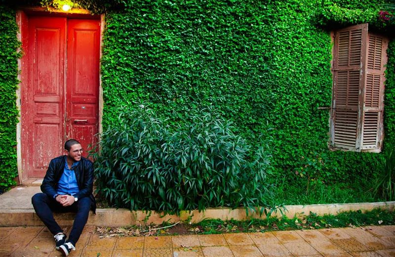 This is  House 🏠 😁 Spontaneous  Picture  Shooting  Smile  Happy   Green ... (Saïda, Al Janub, Lebanon)
