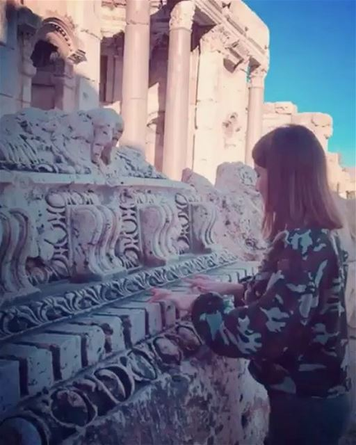 Who said historical places can't be fun 🎼🎹🗿🗺 by @chams_r  Baalbeck... (Baalbek , Roman Temple , Lebanon)