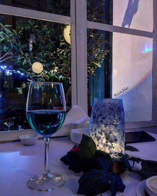 Call it magic💙...  blusaltbyeddydiab  liveloveachrafieh  bluewine ... (Blû SALT by Eddy Diab)