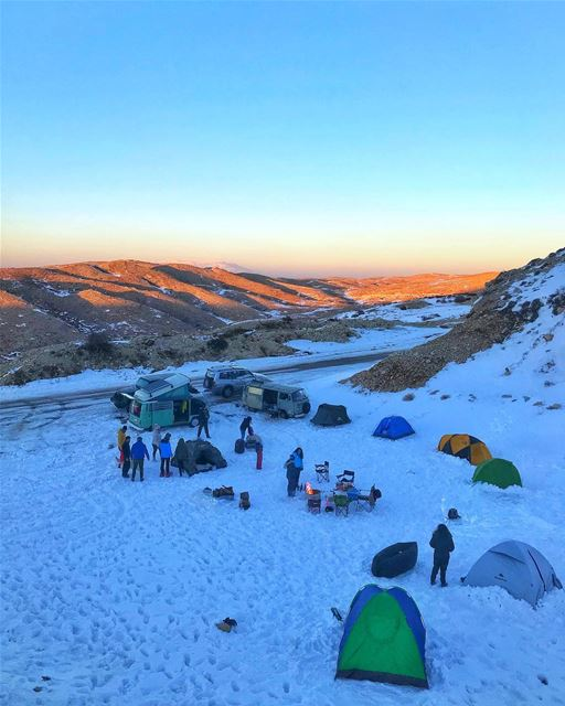 Snow camp was peaceful until the storm came and destroyed us☃️😔........ (Mzaar Kfardebian)
