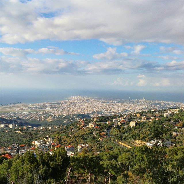 ¶ The 『View』is better from Up Tôp 🏞️  Hseiki  lebanon  beirut ... (Aïnâb, Mont-Liban, Lebanon)
