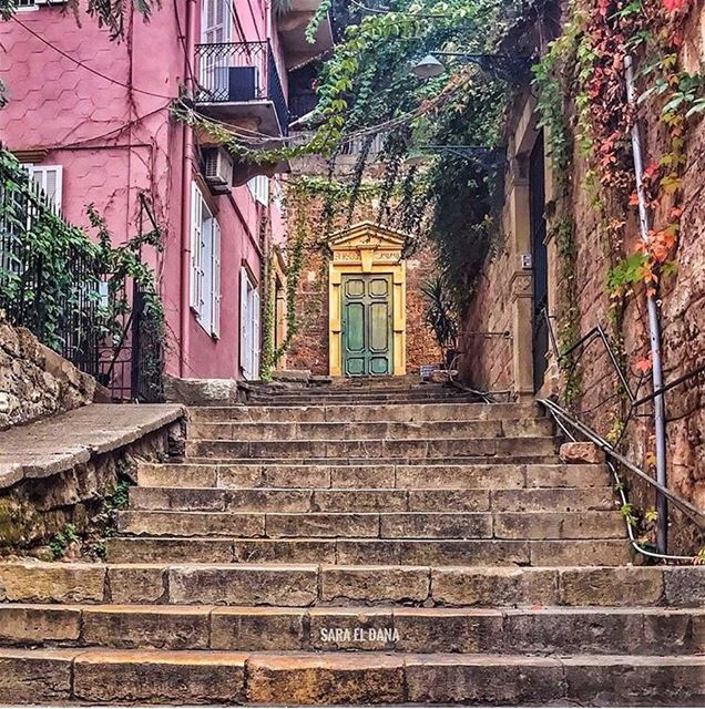 Love wandering the old streets of Beirut! Full of charm and spirit ✨📷 @sa (Beirut, Lebanon)