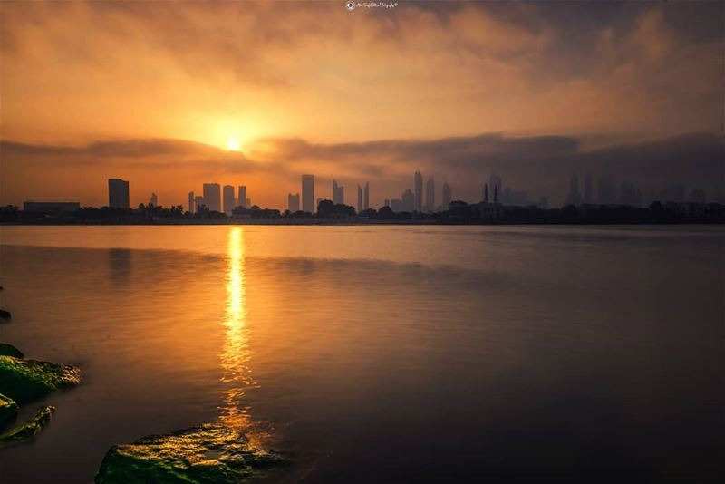 Every sunrise with it is own beauty..... Dubai  mydubai  uae ... (Dubai, United Arab Emirates)