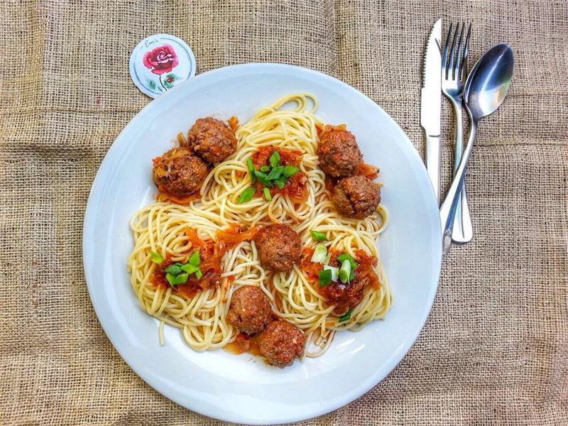 Spaghetti With Meatballs and Moujadara with Cabbage or Yoghurt salad for... (Em's cuisine)