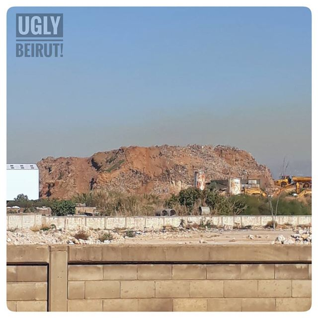 🇱🇧 when you know we are doing it wrong.. uglybeirut  uglycity ... (Burj Hamud, Mont-Liban, Lebanon)