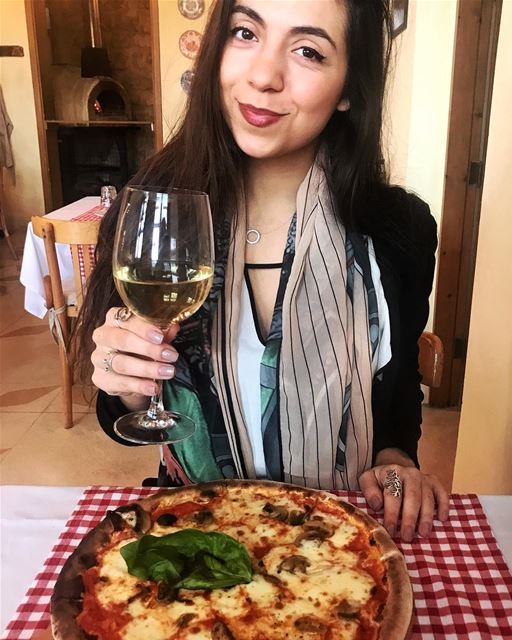 Pizza 🍕 for lunch at a cute & cozy trattoria in Gemmayzeh ❤️ What are you... (Appetito Trattoria Gemmayzeh)