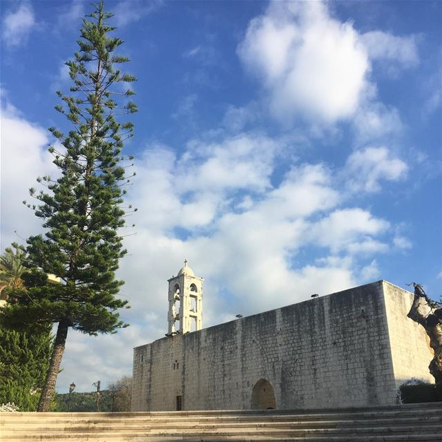 Lebanon  Sunday  vintage  church  steps  clouds  tree  historic ... (Zouk Mosbeh)