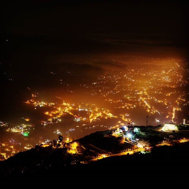 Night photography - The view from Al Salib Mountain! What do you think?... (Lebanon)