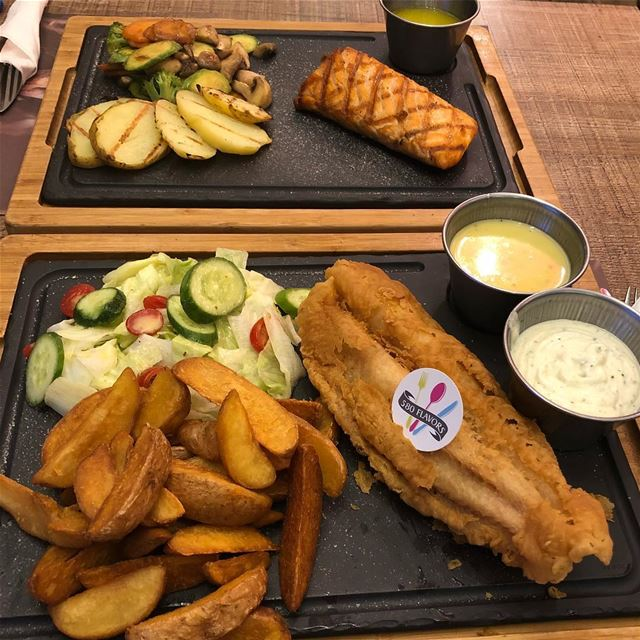 Fish filet or salmon ?! I go for the salmon 😋😍  zgharta  bnachii  sahseh... (Sa7Se7)