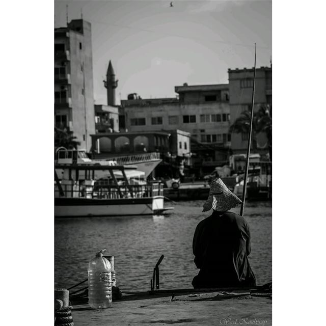 bnw  fisherman  sea  boat  blackandwhite  fishinglife  fishing  harbor ... (Tyre, Lebanon)