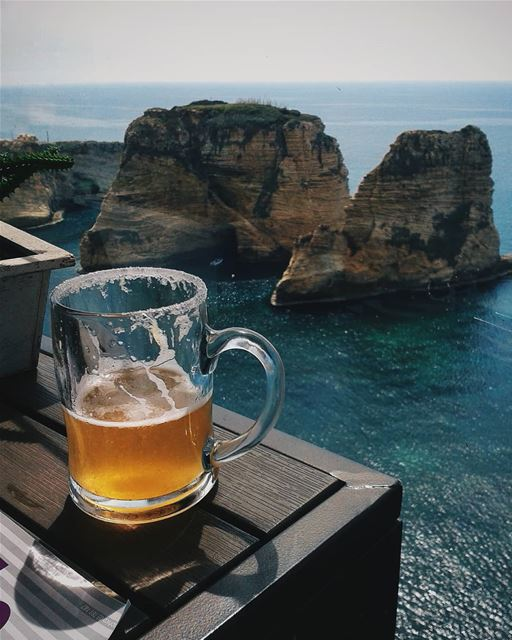 Beer and this amazing view 😎•••••Follow me for more shots 👉... (Petit Café)