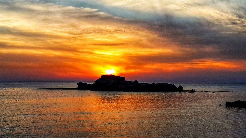 Sunsets be like  sunset  ig_sunsetshots  ig_sunset  sea  livelovebyblos ... (Eddésands Hotel & Wellness Resort)