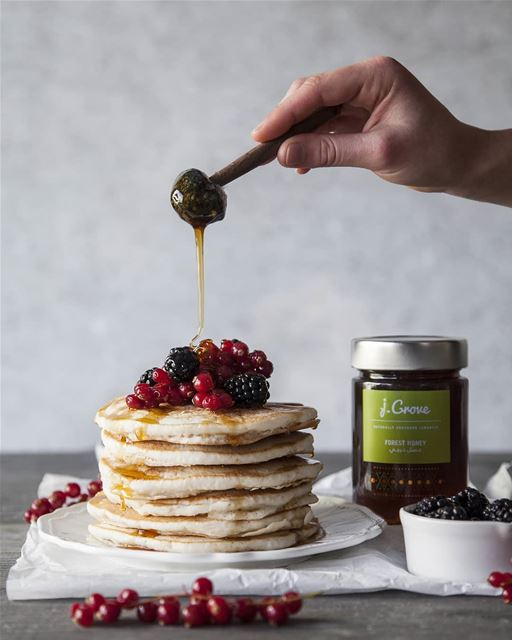 Who can resist delicious fluffly pancakes topped with fresh berries and a...