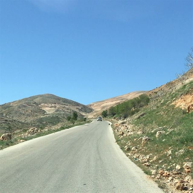 On our way from Baalbeck to Faraya ❤️❤️❤️ Baalbeck Baalbek Baalbak... (Baalbek, Lebanon)