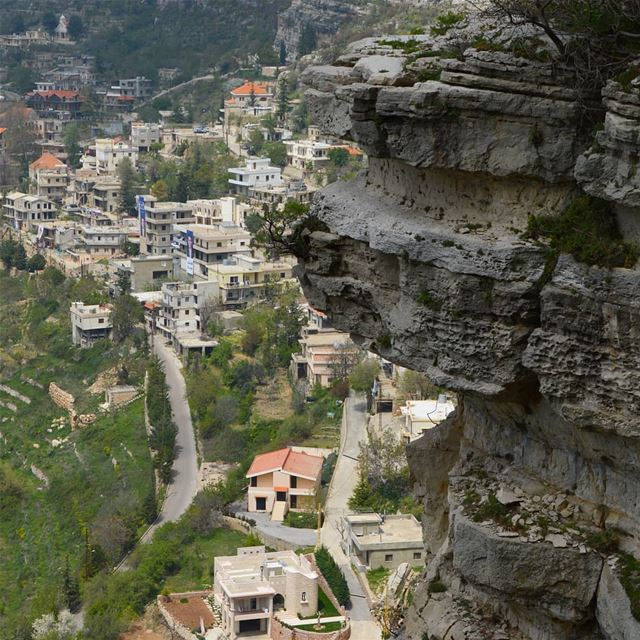 Up up and away🇱🇧❤😍 hiking  adventure  trails  peak  stairs ... (Lebanon)