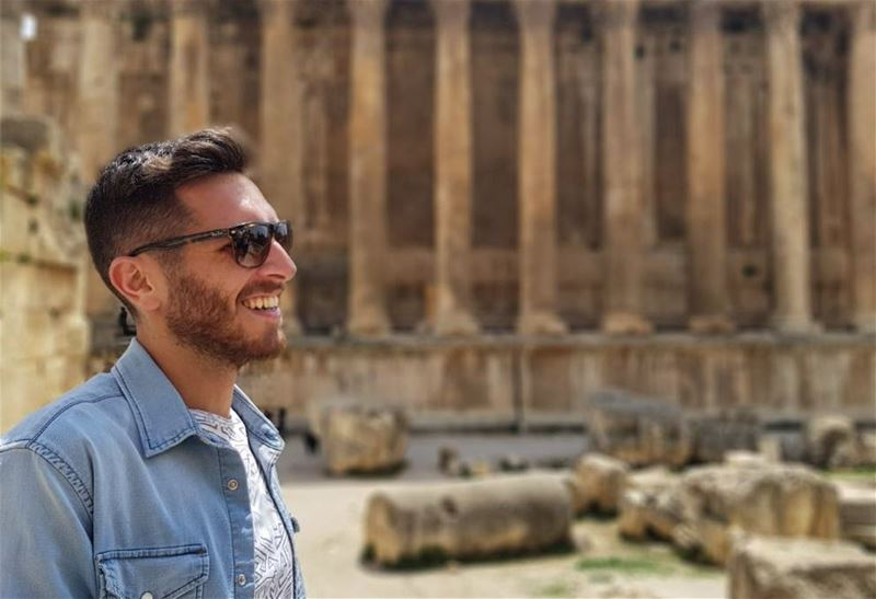 The smile says it all! 🌚 ....... lebanon  baalbecktemple  baalbeck... (Baalbek, Lebanon)