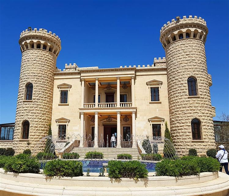 Beautiful place to accommodate  special occasions 🇱🇧😘 hightowercastle ... (Baïssoûr, Mont-Liban, Lebanon)