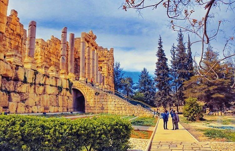 "Good Morning from City of Sun ""Baalbeck"" ☀️☀️☀️📷 @sarah_alloush ... (Baalbek, Lebanon)"