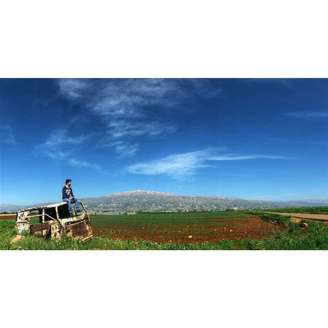 Always keep a camera handy to capture the amazing and accidental sights... (Beqaa Valley)