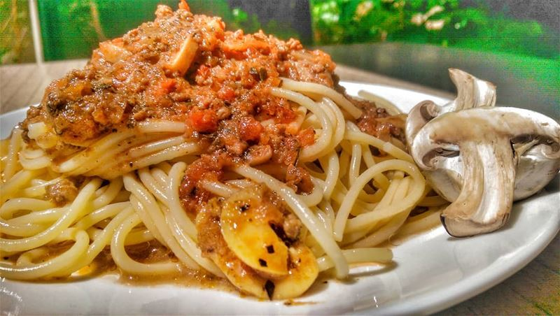 Spaghetti Bolognaise and Grilled Kafta Skewers for lunch today at Em's.... (Em's cuisine)