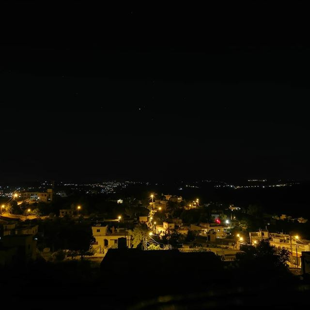 yaroun  yarounday  nightview  village  southlebanon  livelovesouth ...