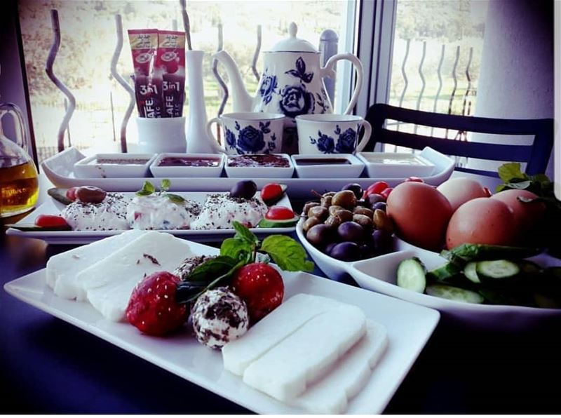 batroun  thoum  le_six  hotel  morning  breakfast  batrounbeach ... (Le Six Resort Hotel)