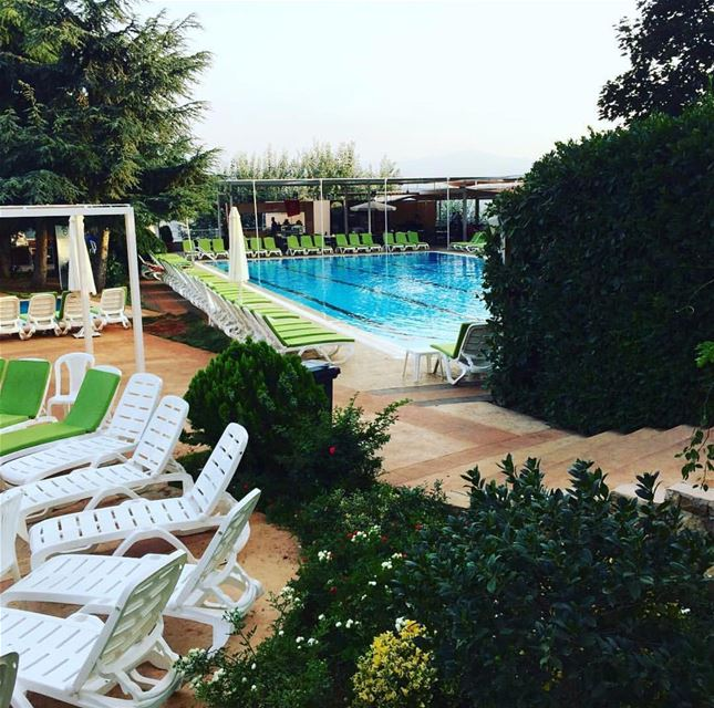 Current mood? Spending sunday by the pool.  ehden  ehdencountryclub ... (Ehden Country Club)