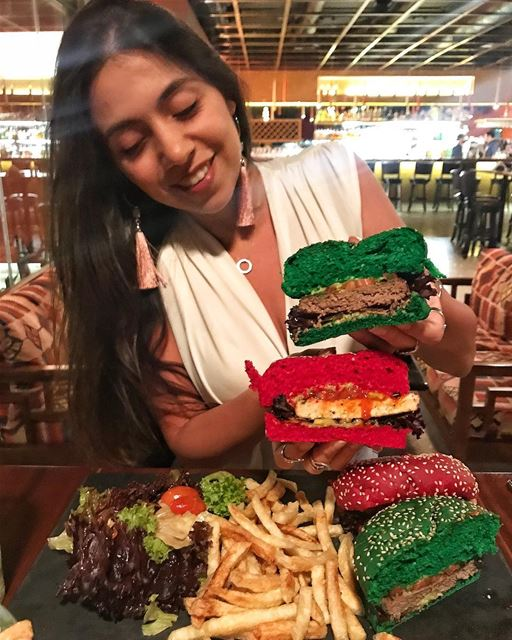 Finally got my chance to take a photo with these green & red burgers 🍔 on... (Cali - La Casa Latina)